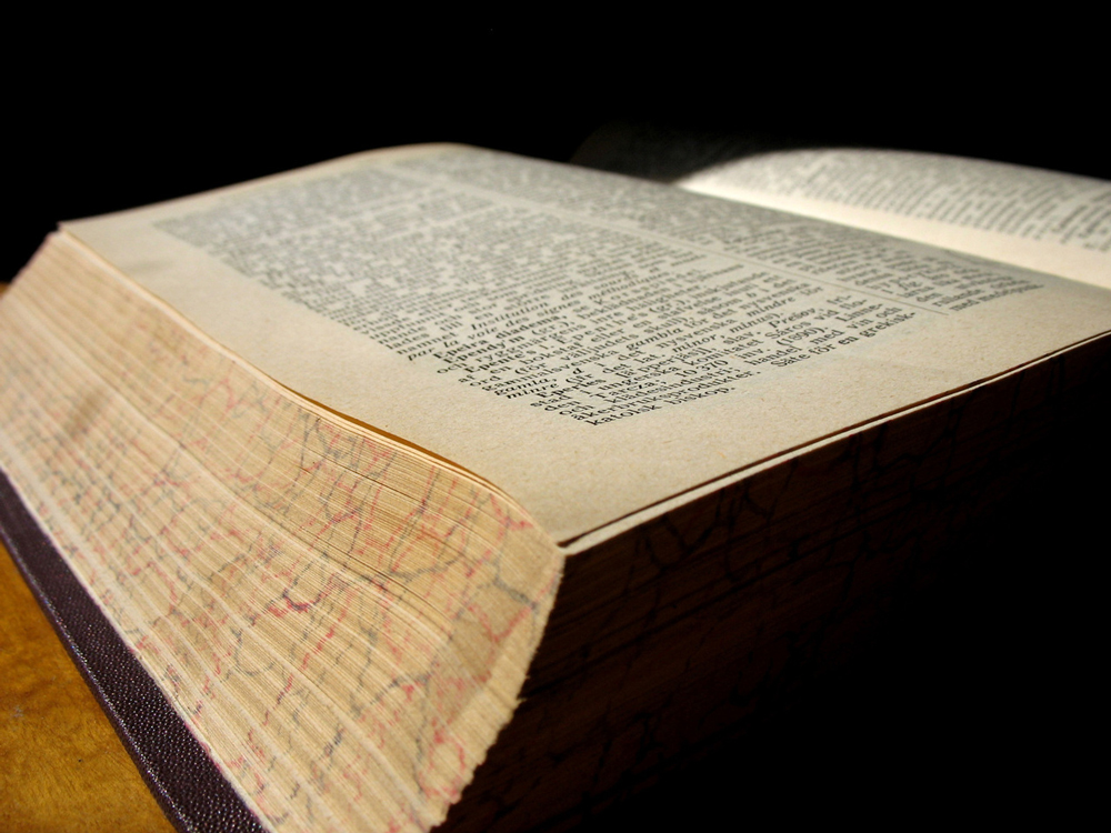 old-book-3-1240533-1280x960