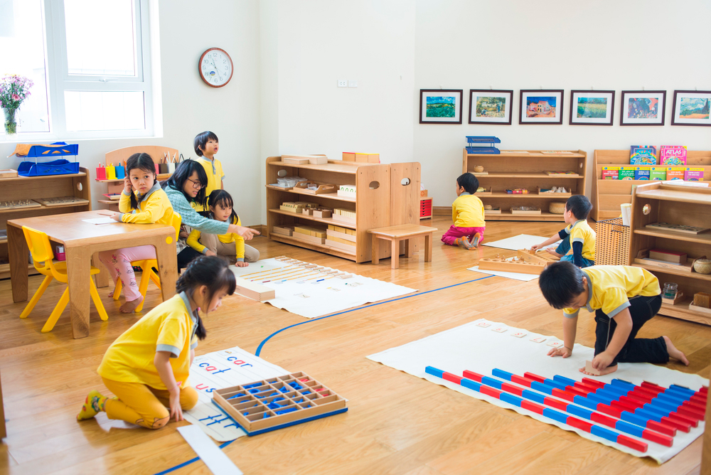 montessori a short note on characteristics on child development Objective lessons interrupted by short rest periods and provided educators with a new understanding of child development montessori's maria montessori:.