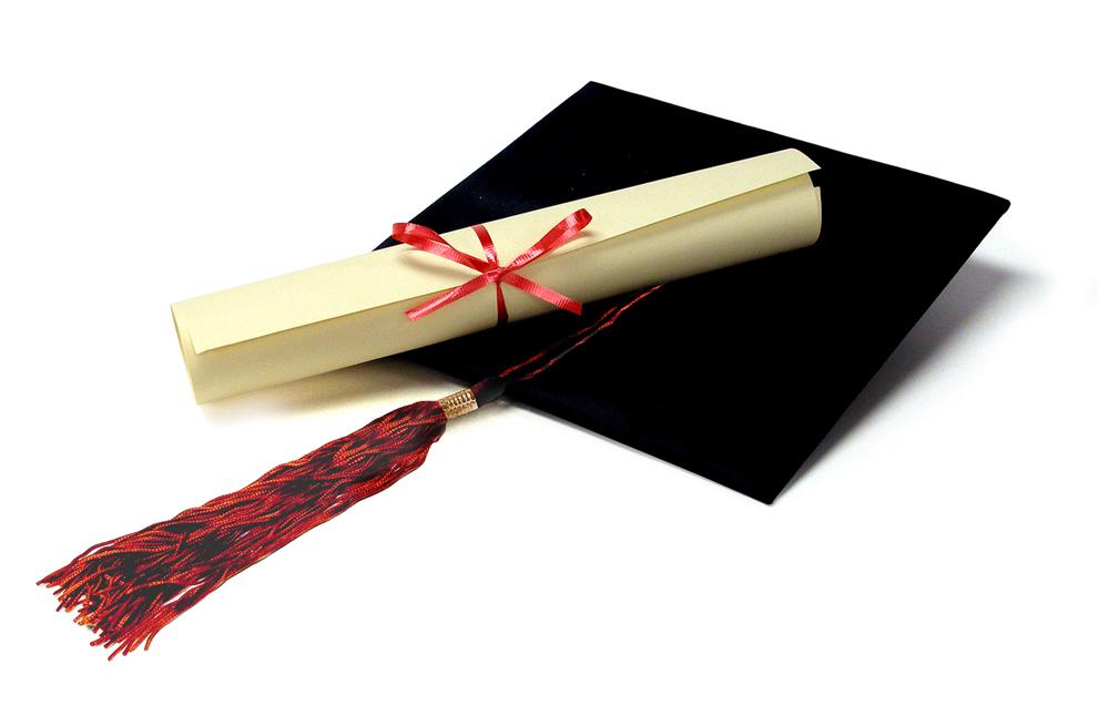 cap-diploma-1315412-1279x837