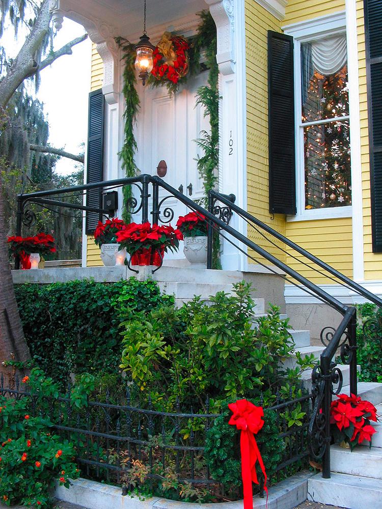 christmas-home-1565178