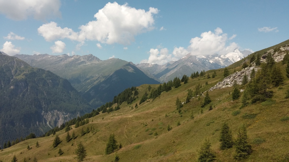grossglockner-above-heiligenblut-austria-1630645-1280x720