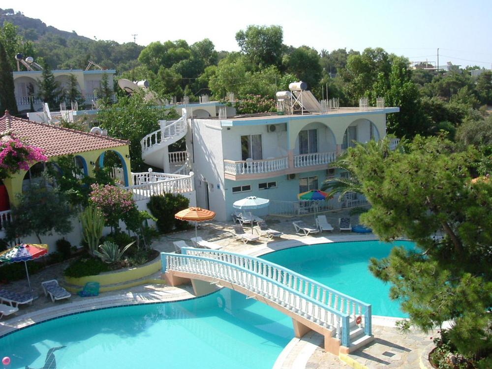 hotel-view-1577688-1280x960