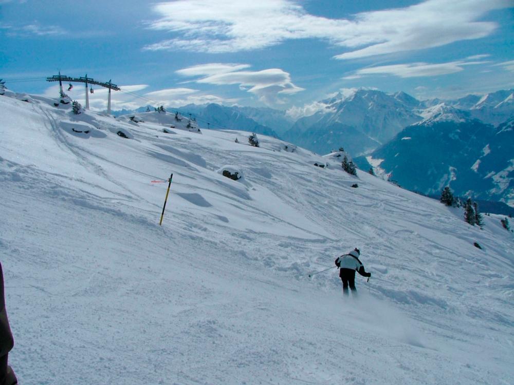 skiing-1478700-1280x960
