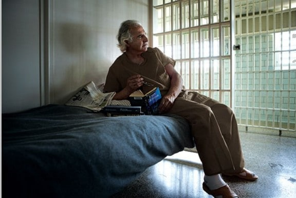 Бернард Медофф в тюрьме